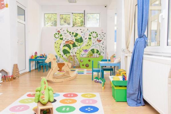 Loc de joaca pentru copii cu jucarii educative in Bucuresti
