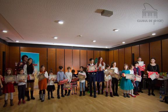 Lectii de pian pentru copii in Bucuresti - Clubul de pian 1