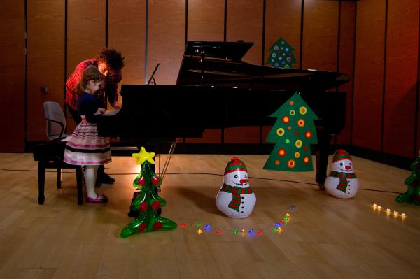 Lectii de pian pentru copii in Bucuresti - Clubul de pian 2