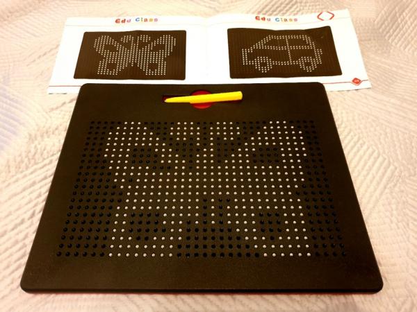Tablita de desen cu magneti - 714 piese piese - marca Edu Class 2
