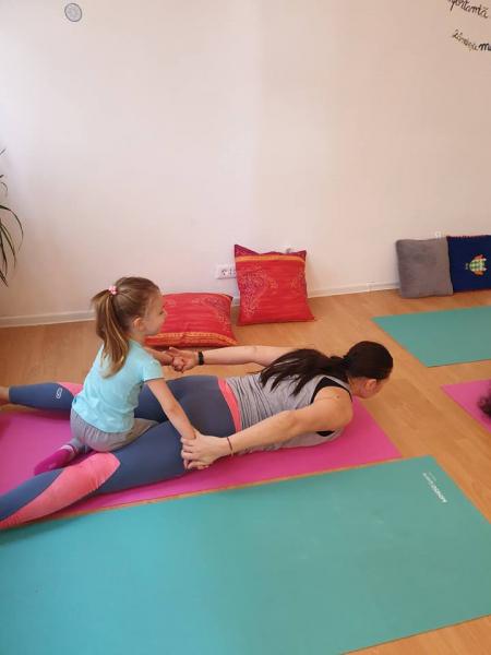 Cursuri yoga pentru copii si mame