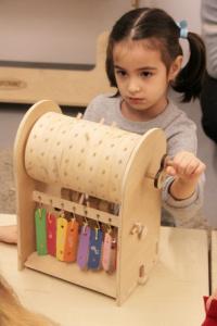 Maker Exploratorium în școli - București