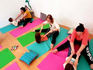 Yoga pentru mamă și copil (2-3 ani) cu Michelle2