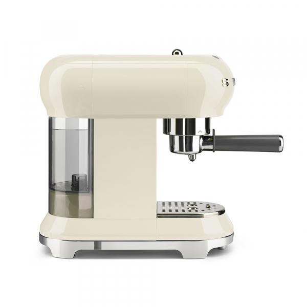 SMEG ECF01CREU Espressor 4