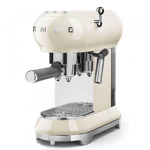 SMEG ECF01CREU Espressor 2