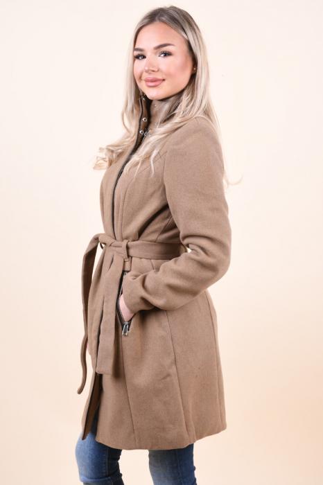 Palton dama Vero Moda maro cu guler inalt 1