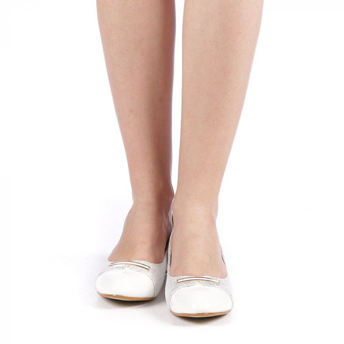 Pantofi dama Adekia albi 4