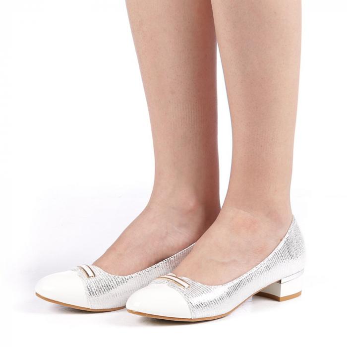 Pantofi dama Adekia albi 2
