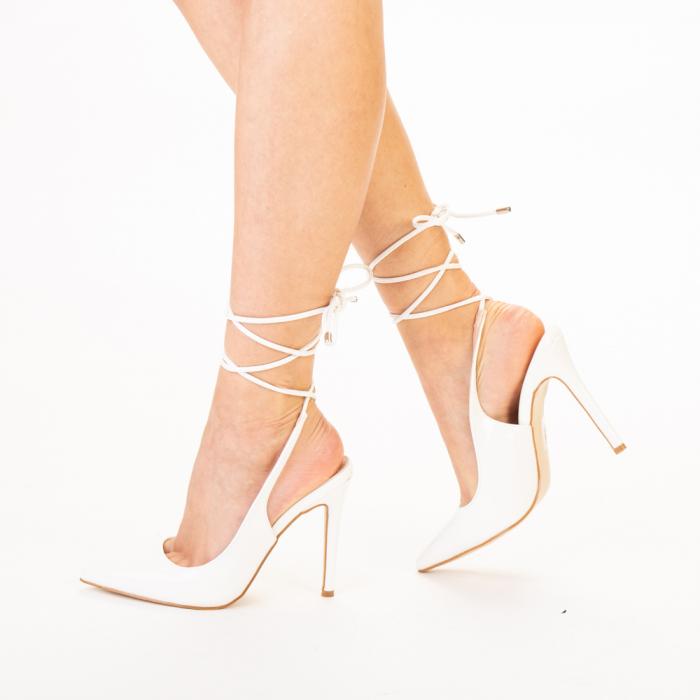Pantofi dama Davina albi 1