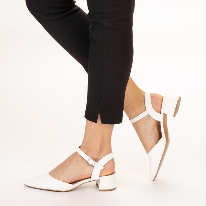 Pantofi dama Leela albi 2