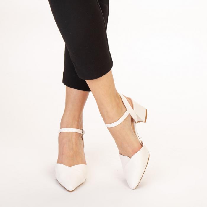 Pantofi dama Naden albi 1