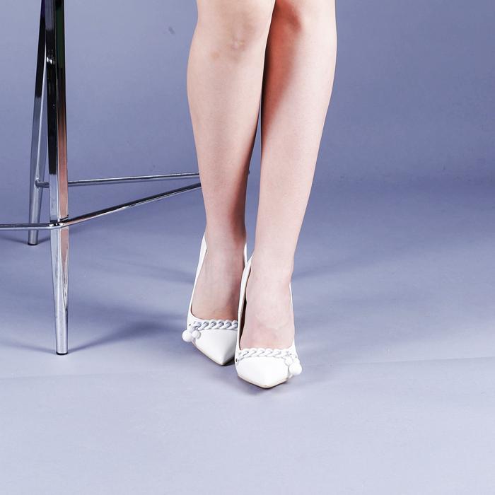 Pantofi dama Valentina albi 1