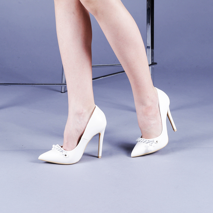 Pantofi dama Valentina albi 2