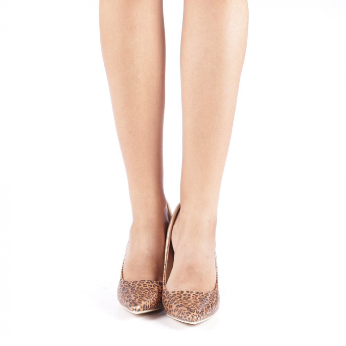 Pantofi stiletto Beatris aurii 3
