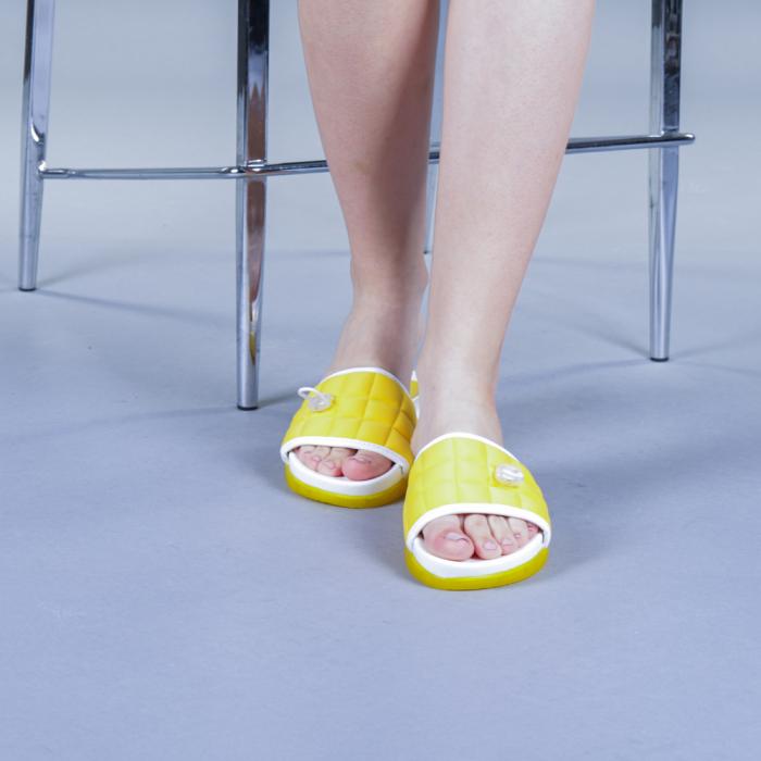 Papuci dama Corina galbeni 1
