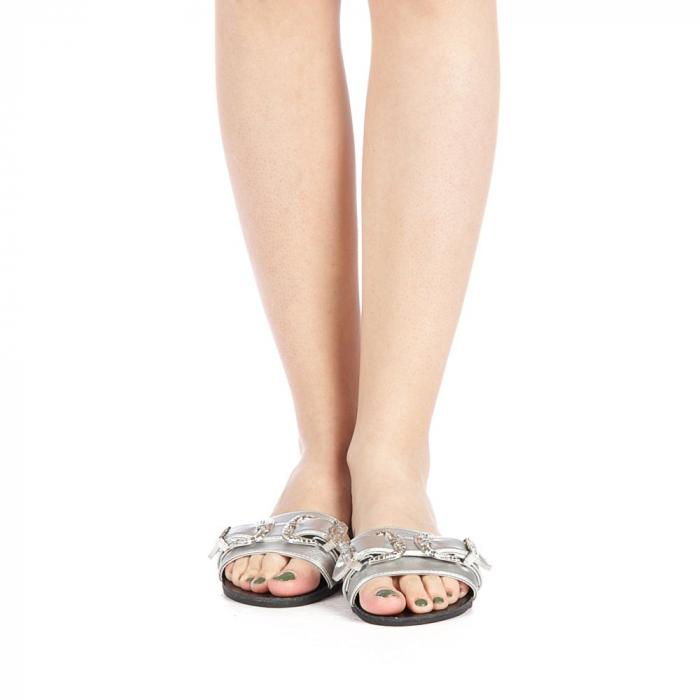 Papuci dama Guncan argintii 4