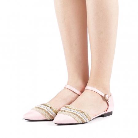 Balerini dama Alima roz2