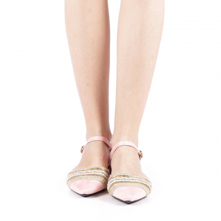 Balerini dama Alima roz4