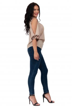 Bluza Kylie cu decupaje la maneci si imprimeu animal print [1]