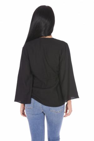 Bluza neagra asimetrica cu maneci evazate1