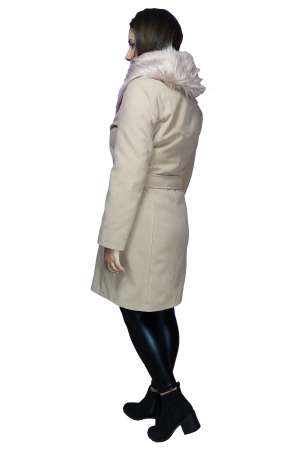 Palton bej din stofa accesorizat cu cordon in talie si blanita2