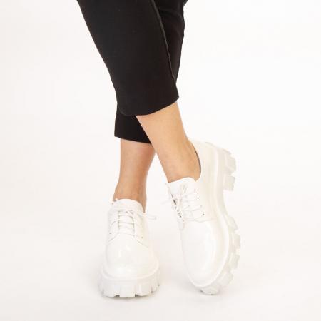 Pantofi casual dama Avona albi1
