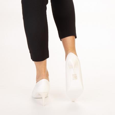 Pantofi dama Delora albi3