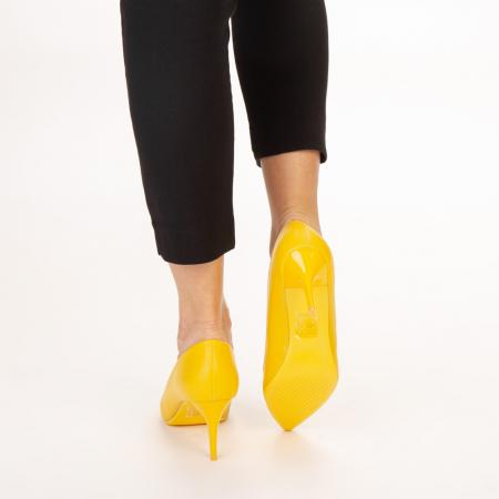 Pantofi dama Delora galbeni3