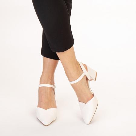 Pantofi dama Naden albi1
