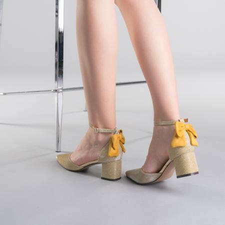 Pantofi dama Roxanne aurii3