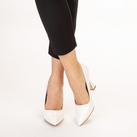 Pantofi dama Wanda albi1