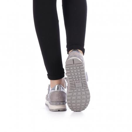Pantofi sport dama Femos argintii1