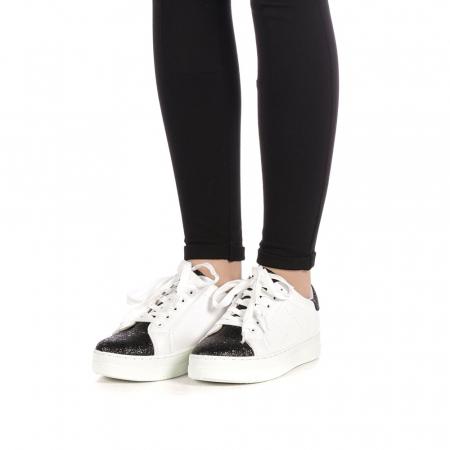 Pantofi sport dama Laila albi2