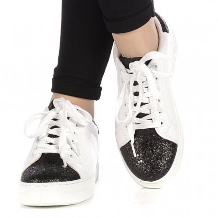 Pantofi sport dama Laila albi1
