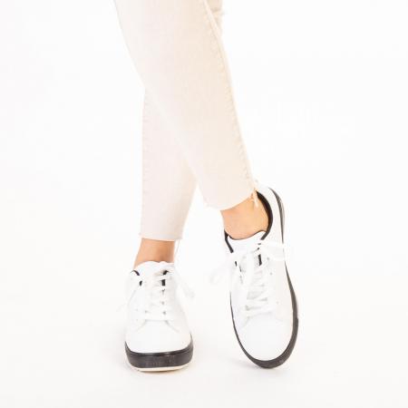 Pantofi sport dama Luela albi cu negru1