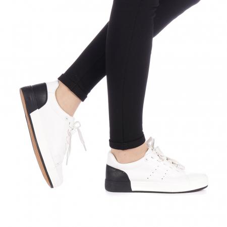 Pantofi sport dama Melgar albi cu negru0