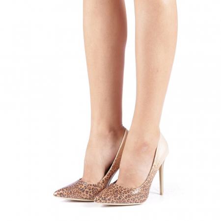 Pantofi stiletto Beatris aurii1