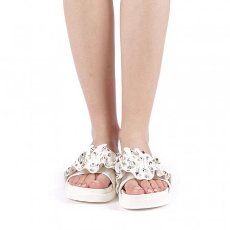 Papuci dama Cerine albi4
