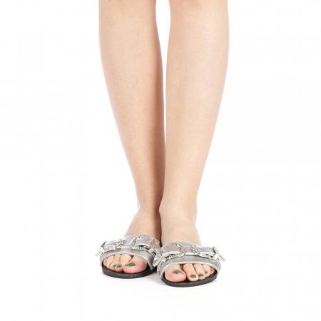 Papuci dama Guncan argintii4