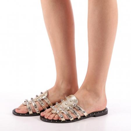 Papuci dama Iolanda aurii1
