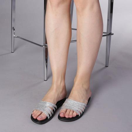 Papuci dama Kohn argintii1
