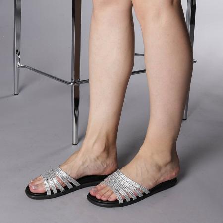 Papuci dama Kohn argintii2