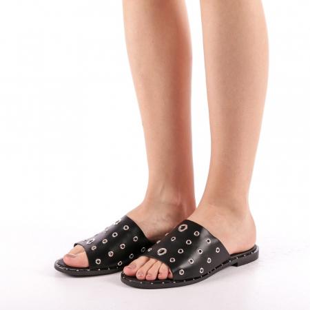 Papuci dama Laura negri1