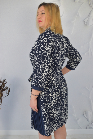 Rochie bleumarin cu maneci trei sferturi si imprimeu floral2