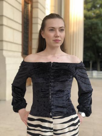 Bluza Nico neagra din catifea [0]