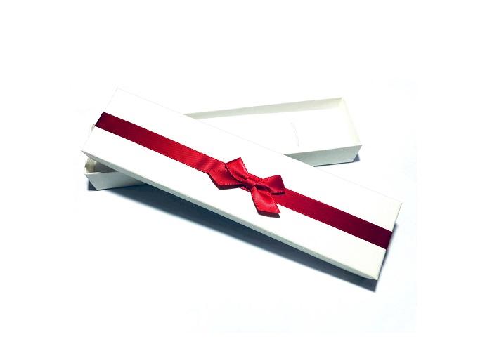 Cutiuta alba pentru bratara sau colier 81112 [1]