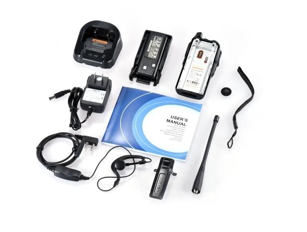 Set 10 statii UV- 82 walkie talkie transiever, 5 W, dual band VHF, UHF, 2800 mAH , radio FM, BONUS cablu programare + CD 2