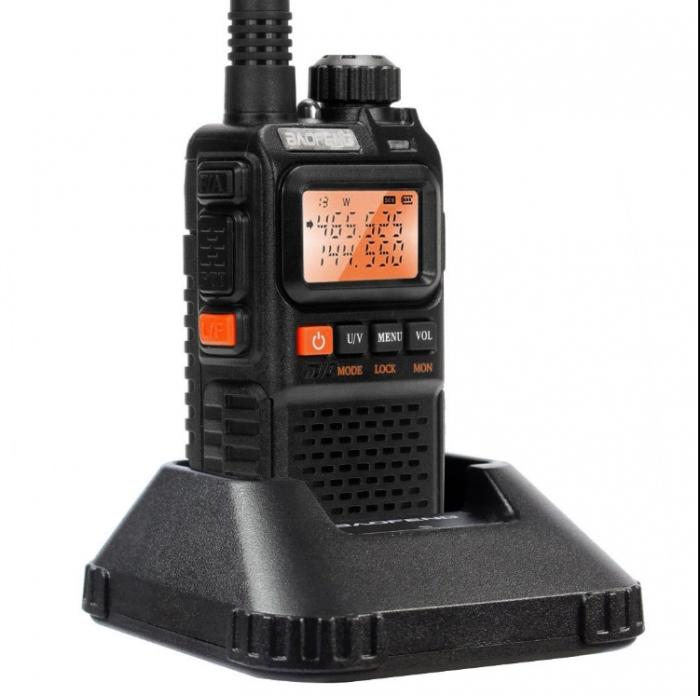 Statie radio Baofeng UV-3R+, Dual Band UHF, VHF, Walkie Talkie , FM tranciever, 99 CH, radio FM 88 - 108 MHz 1