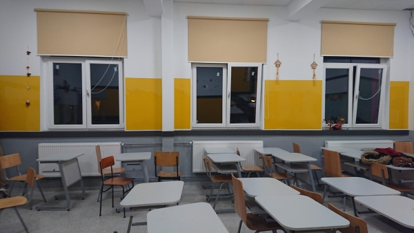 Folie autocolanta magnetica de tip whiteboard - culoare galben - 100x100 cm 1