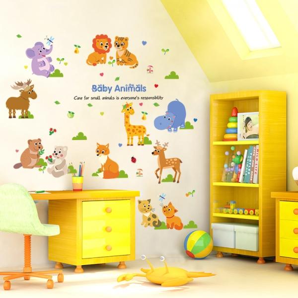 Autocolant decorativ pentru copii - Pui de animale 1